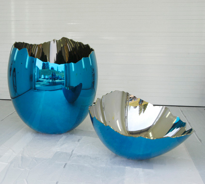 Cracked Egg (Blue)