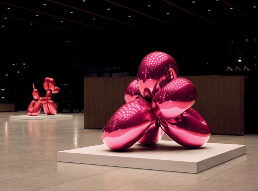 Jeff Koons: Celebration, Neue Nationalgalerie, Berlin, 2008-2009.