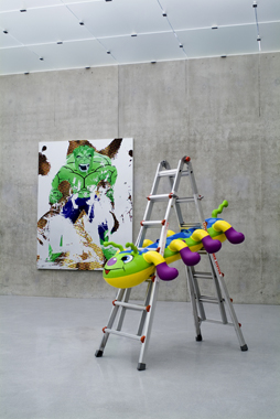 Caterpillar Ladder and Hulk Elvis I by Jeff Koons. Re-Object, Kunsthaus Bregenz, 2007.
