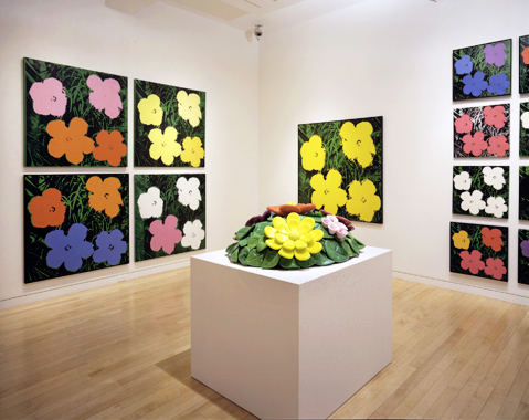 Flowers: Jeff Koons / Andy Warhol, Gagosian Gallery, New York, 2002.