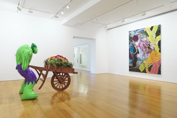 Jeff Koons: Hulk Elvis. Gagosian Gallery, Hong Kong, 2014.