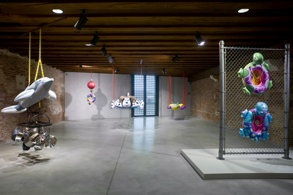 Jeff Koons. In Praise of Doubt, Punta della Dogana, 2011-2012.